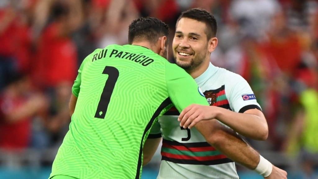 โปรตุเกสชนะฮังการี
