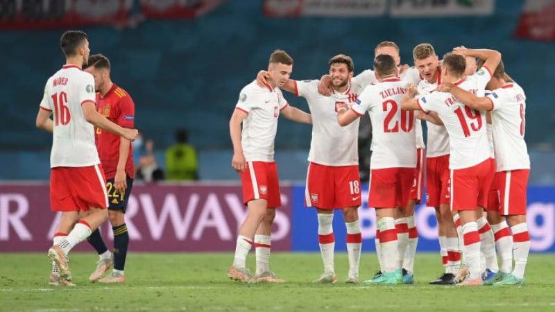 สเปนเสมอโปแลนด์ 1-1