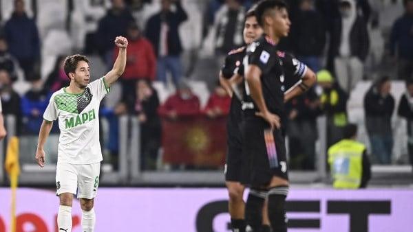 ยูเวนตุสแพ้ซาสซูโอโล่ 1-2 ในศึกฟุตบอลกัลโช่ เซเรีย อา